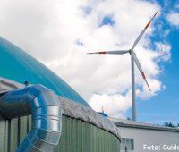 Windkraftanlage und Biogasanlage