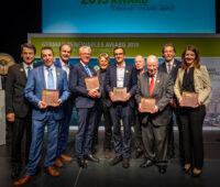 Foto mit Preisträgern im Rampenlicht