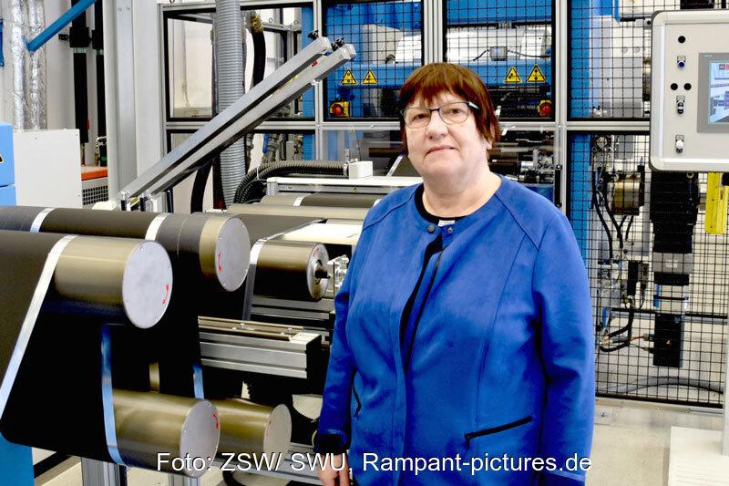Dr. Margret Wohlfahrt-Mehrens im Labor