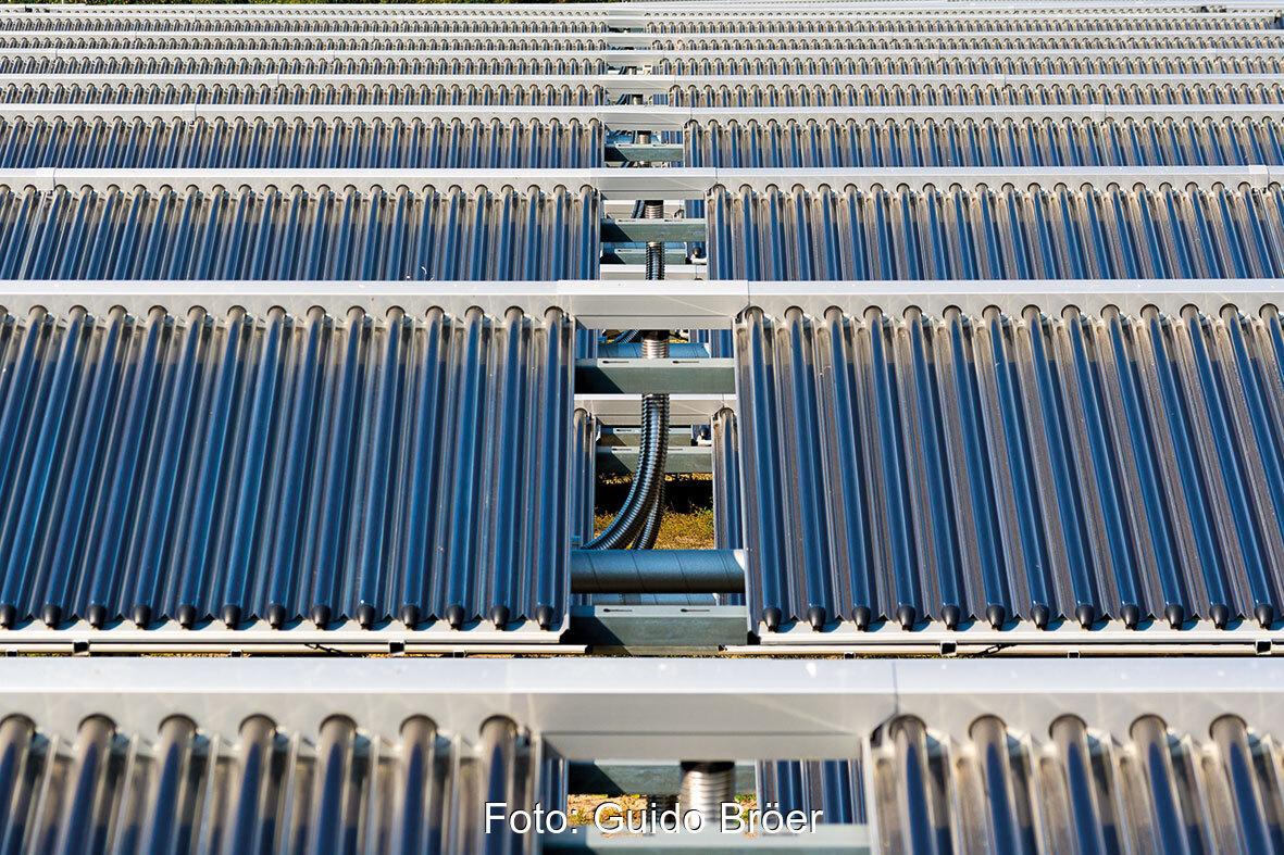 Reihen von Vakuumröhrenkollektoren der Marke Ritter XL solar