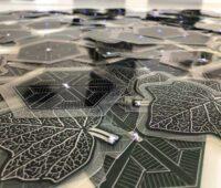 Schwarze organische Solarfolien.