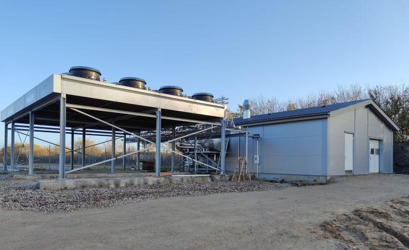 Zu sehen ist die Groß-Wärmepumpe für das Fernwärmenetz von Saltum.