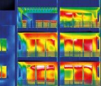 Wärmebild einer Hausfassade