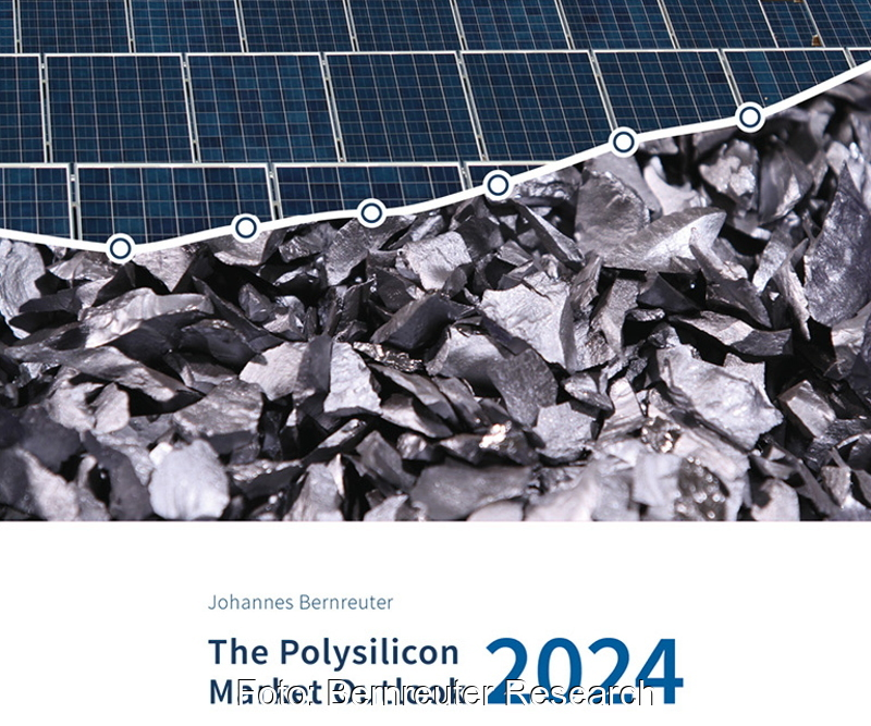 Titelblatt zeigt Rihstoff Silizium und Solarmodule