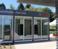Zu sehen ist die Brennstoffzellen-Pilotanlage von Bosch.