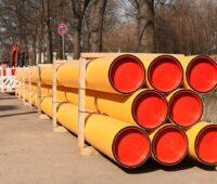 Zu sehen sind Erdgasleitungen. Die Regulierung von Wasserstoffnetzen steht noch aus.