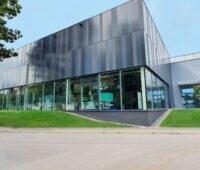 Fassade des Forschungs-Campus Schwarzwald.