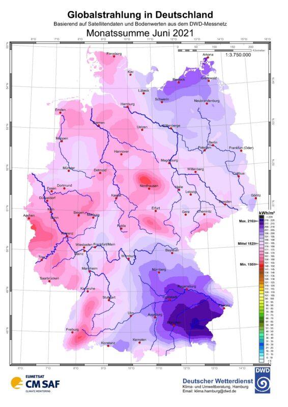 Zu sehen ist eine Karte mit der Sonneneinstrahlung in Deutschland im Juni 2021.