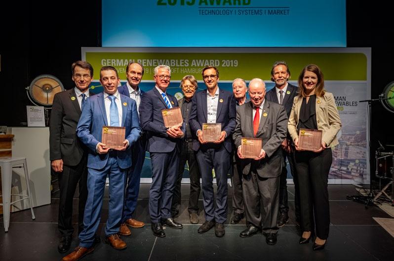 Zu sehen sind die Preisträger vom 8. German Renewables Award. 2021 findet die Preisverleihung voraussichtlich am 18. November statt.