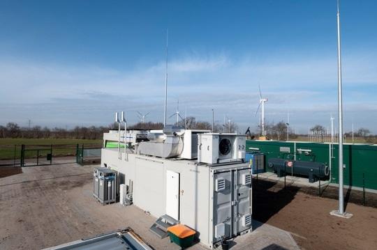 Zu sehen ist der Windgas-Elektrolyseur in Haurup.