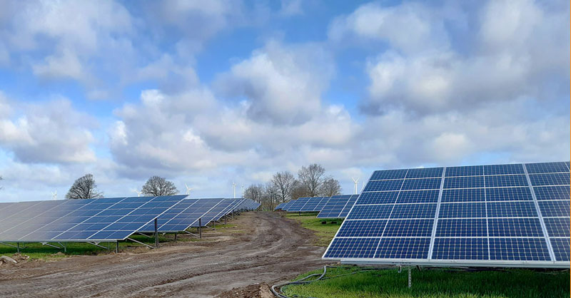 Photovoltaik-Freiflächenanlage Solarpark Panorama-Ansicht