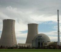 Zu sehen ist ein Atomkraftwerk, ob Atomkraft eine nachhaltige Energieerzeugung darstellt, ist umstritten.