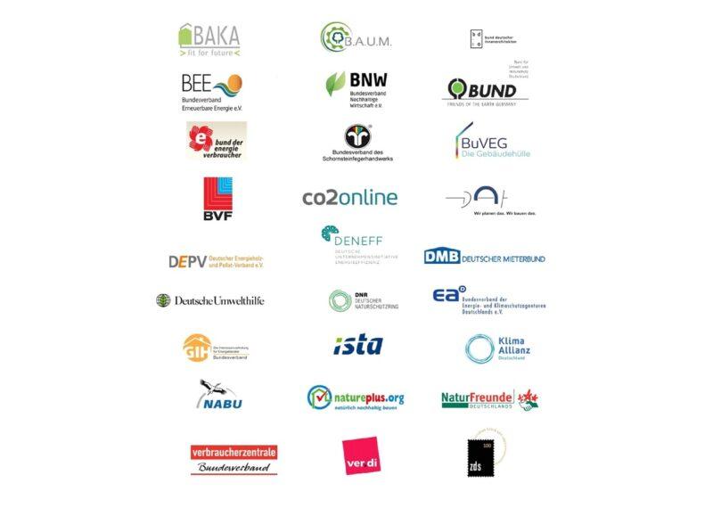Zu sehen sind die Logos der Organisationen in der Gebäude-Allianz, diese fordert ein Sofortprogramm Klimaschutz im Gebäude.