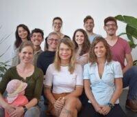 Zu sehen ist das Team von WEtell, Hauptpreisträger vom Georg Salvamoser Preis 2021.