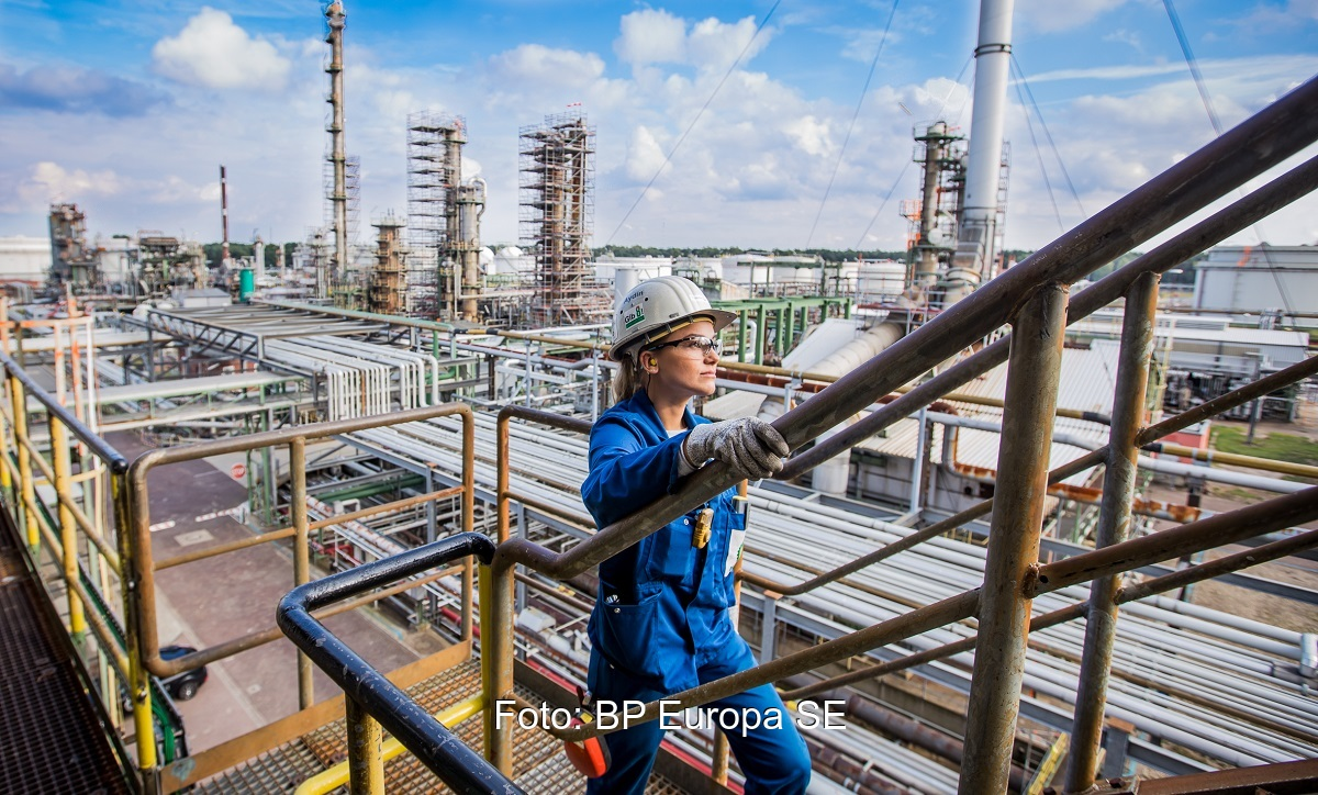 Zu sehen ist die Raffinerie in Lingen, wo grüner Wasserstoff bei BP zum Einsatz kommen soll.