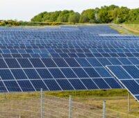 Photovoltaik-Freiflächenanlage: hier verdienen Kommunen künftig mit
