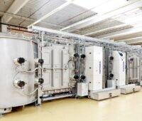 Zu sehen ist eine Vistaris-Anlage, auf der man Hocheffizienz-Solarzellen herstellen kann.