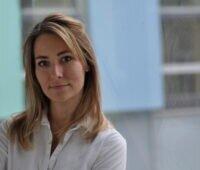 Portrait der Geschäftsführerin von PV Austria, Vera Immitzer.
