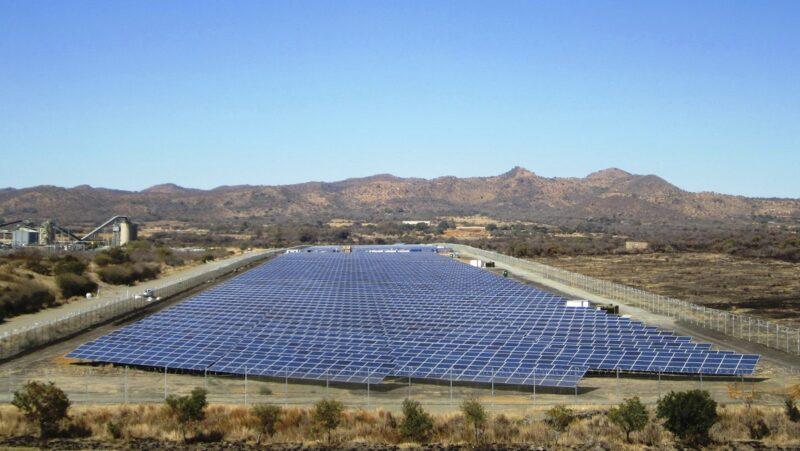 Zu sehen ist ein Juwi-Projekt in Südafrika. In Japan in das Unternehmen mit dem Joint Venture Juwi Shizen Energy vertreten.
