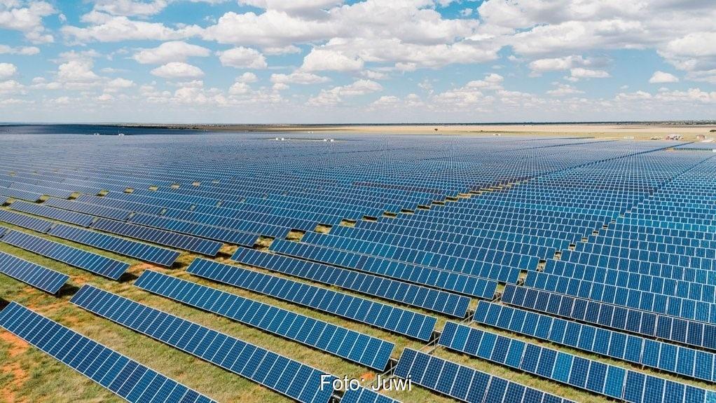 Zu sehen ist der Solarpark Waterloo mit dem Juwi die 3 Gigawatt an installierter Photovoltaik-Leistung erreicht hat.