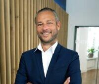 Zu sehen ist Rainer Koppitz, CEO Katek SE. Mit der Beteiligung an der Iox Mobility will Katek den Bereich Elektromobilität stärken.