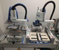 Eine technische Apparatur zur automatisierten Batterieproduktion.