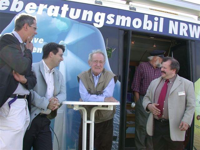 Zu sehen ist Johannes Rau, der die Online-Petition zum Erhalt der EnergieAgentur.NRW wohl unterstützt hätte.