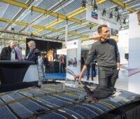 Zu sehen ist eine Impression von einer Photovoltaik-Messe Solar Solutions Niederlande. Die Solar Solutions Düsseldorf ist ein logischer Schritt zur Internationalisierung.