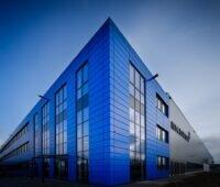 In der ersten Phase sollen in Ludwigsfelde jährlich 500.000 Batteriemodule gefertigt werden.