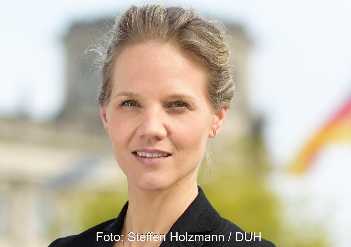 Zu sehen ist Barbara Metz, Stellvertretende Bundesgeschäftsführerin der DUH, die von der Bundesregierung ein Konzept für einen sozialverträglichen CO2-Preis für klimaschädliche Heizungen fordert.