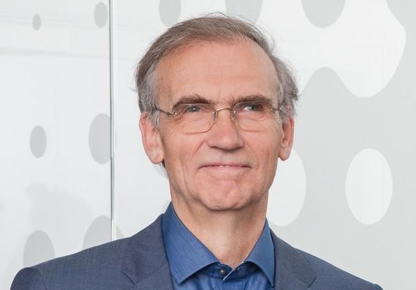 Zu sehen ist der Dr. Thomas E. Banning, Vorstandsvorsitzender der Naturstrom AG, der den Deal von E.ON und RWE verhindern will.