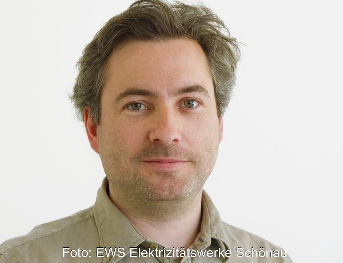 Zu sehen ist Alexander Sladek, Vorstand der EWS, der in PPA-Verträgen ein gutes Instrument für Ü-20-Windkraftanlagen sieht.