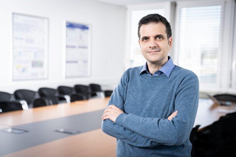 Zu sehen ist Evangelos Panos, Hauptautor der die Studie zur Energiewende in der Schweiz.