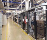 Zu sehen ist das Werk, in dem der Photovoltaik-Spezialist Rinovasol die Sanierung von PV-Modulen betreibt.