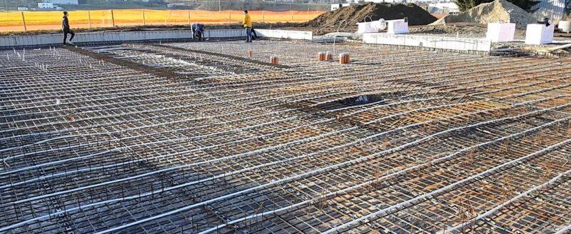 Zu sehen ist die Elektroheizung für die photovoltaische Betonkernaktivierung am neuen Firmengebäude von my-PV.