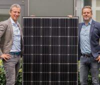Zu sehen sind DZ-4-Gründer Tobias Schütt und der neue COO Niklas Winter.