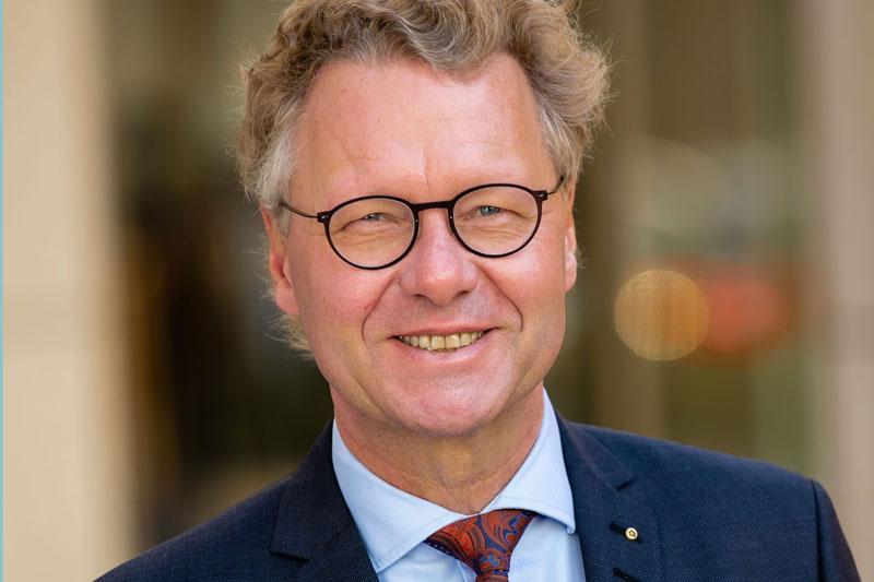 Portrait Dr. Michael Pietsch, VdZ