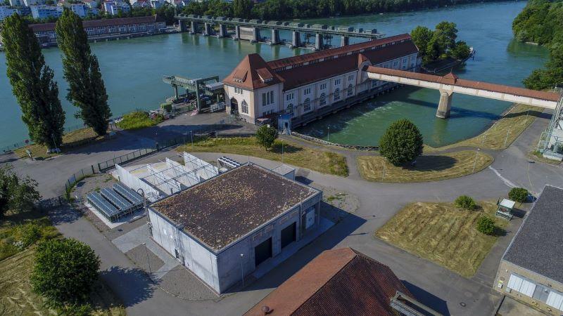 Wasserkraftwerk am Rhein