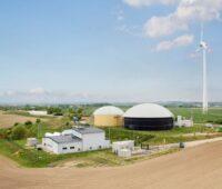 Eine Windenergieanlage liefert Strom für grünen Wasserstoff im brandenburgischen Prenzlau.