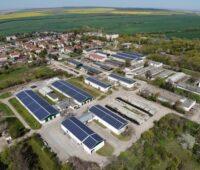 Zu sehen ist die Photovoltaik auf den Dächern der Agrargenossenschaften.