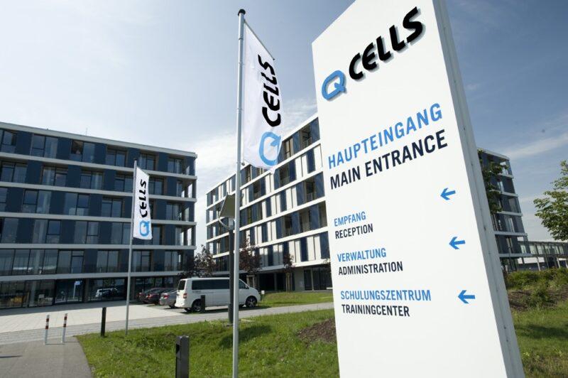 Das Bild zeigt das Firmengebäude von Q Cells. Das Unternehmen setzt auf Photovoltaik In Spanien.