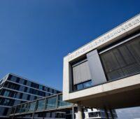 Zu sehen ist das globale Zentrum für technologische Innovation von Q Cells in Deutschland, wo die n-Type-Photovoltaik-Technologie entwickelt wird.