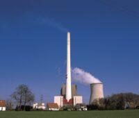 Wenn es nach dem Entwurf zum Kohleausstiegsgesetz geht, werden Kohlekraftwerke wie diese in Ibbenbüren noch lange am Netz sein.