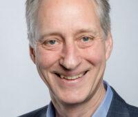 Portraitfoto Manfred Rauschen