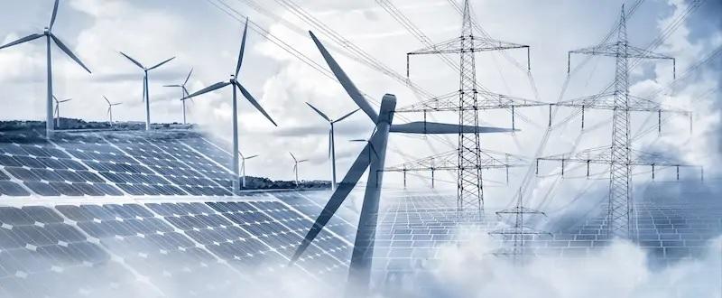 Zu sehen ist eine Collage aus Photovoltaik und Wind der Photovoltaik-Zubau soll 2022 bei 8,5 GW liegen.