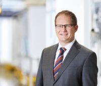 Das Foto zeigt den SMA Vorstandsprecher Jürgen Reinert.
