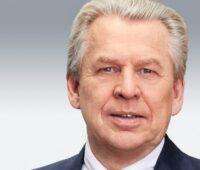 Zu sehen ist der CEO von Singulus Technologies Dr.-Ing. Stefan Rinck. Die Geschäftszahlen 2019 von Singulus Technologies liegen vor.