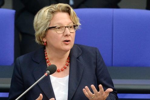 Bundesumweltministerin Svenja Schulze im Bundestag