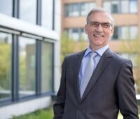 Portrait des Naturstrom-Vorstandsvorsitzenden Thomas Banning