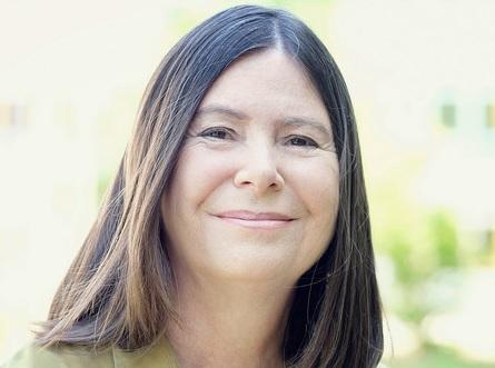 Zu sehen ist Umweltministerin Ulrike Höfken, die neue Förderprogramme für Kommunen angekündigt hat.